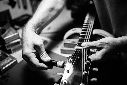 Brisbane Guitar Repairs - string winding